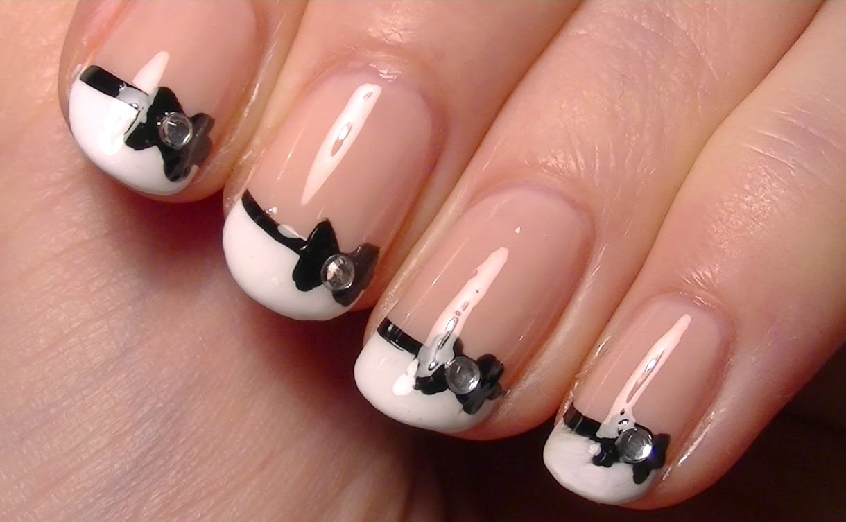 How to make nail art black and white black and white nail art view images prinsesfo Choice Image